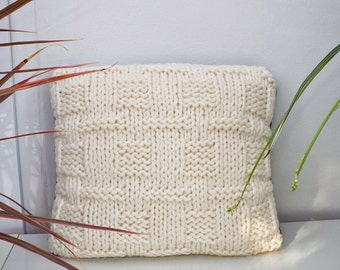 Knitted Wool Cushion, Home Decor, Bedroom Decor, Gift for Her, Christmas Gift