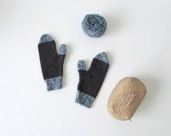 Merino wool blue and colorful tweed yarn handmade knitted gloves