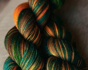 "Sock yarn - 75/20/5 SW Merino/Nylon/Stellina - Autocorrect - ""Guys With No Diggity"""