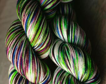 """Sock yarn - 100% SW Merino - Autocorrect - """"Our Fork Fathers"""""""