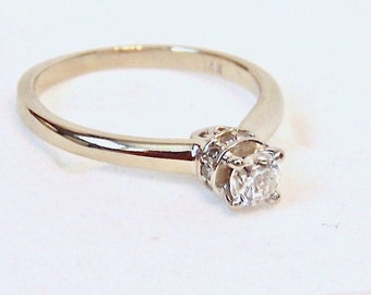 Vintage Diamond Engagement Ring in 14K White Gold, Solitaire