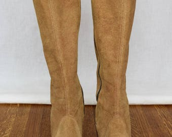 Vintage 1960's Women's Brown Suede Leather HiPPiE MOD BoHo Festival Boots Size 6.5 7