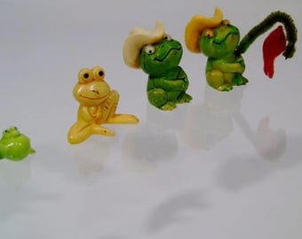 Good Luck Frog Figures Fishing Frogs Family of 4 Vintage Wiggle Eyes Prosperity Luck Frog Figurines