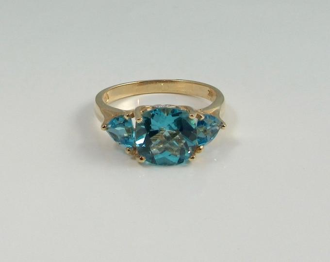Yellow Gold Blue Topaz Ring; Blue Topaz Ring; Topaz Ring; Right Hand Ring; Vintage Blue Topaz Ring; Vintage Ring; Vintage Right Hand Ring