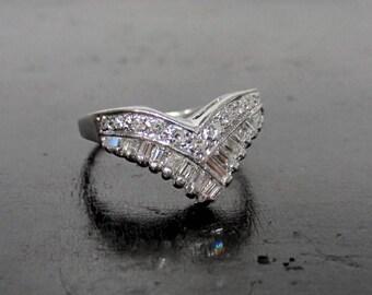 Vintage Diamond Ring, Mid-Century Diamond Tiara Ring 14k c. 1960, Vintage Wedding Band, Vintage Diamond Band, Retro Diamond Ring