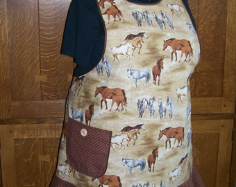 SALE Horse Apron - Retro Kitchen Apron - Tan and Brown Horses - Size 2XL