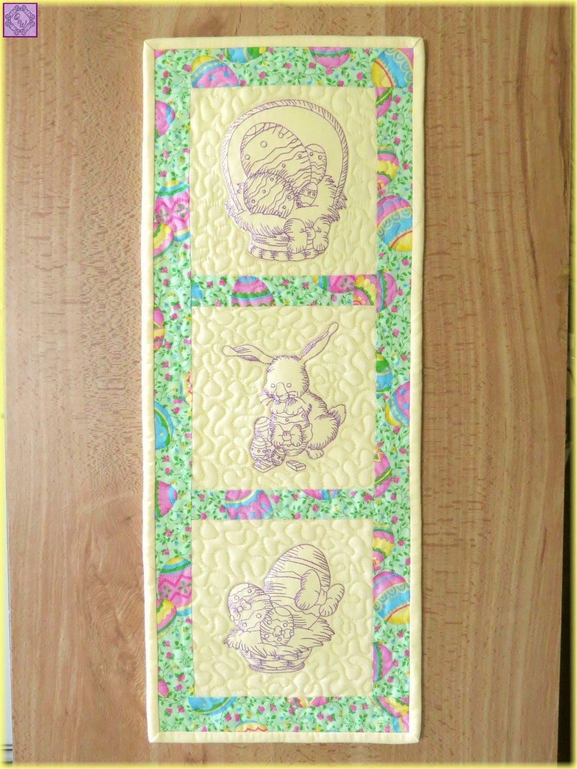 Easter Bunny Machine Embroidered Wall Hanging Quilt 265 ...