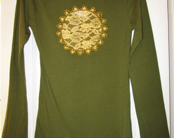 Olive Green Tee with Lacy Sunshine Cutout, size small