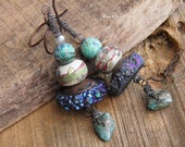Rustic earrings-vintage earrings-bohemian style-tribal spirit-indigo blue-turquoise-rough quartz-artisanal lampwork