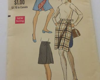 Vintage Vogue Pattern 7575 Misses Pant Skirt  Waist 24 Inches