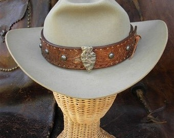 ON SALE! Vintage resistol silver belly hat, 1950s, tooled leather hatband with studs, arrowhead pin
