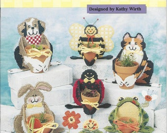 Plastic Canvas Pattern Clay Pot Huggies, Puppy, Cat, Bee, Bunny, Turtle, Frog, Ladybug, Garden Decor, Plant Holder, The Needlecraft Shop