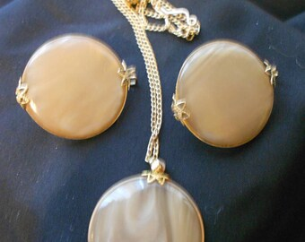Vintage Round Brown Swirled Necklace and Clip On Earring Set