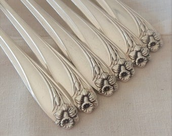 "Silverplate Grille Forks 7 3/4""- Set of 6 - Daffodil Pattern 1950 - Viande"