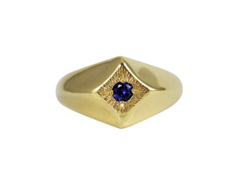 Sapphire Compass Star Ring, Star Ring, Signet Ring, Sapphire Ring, Compass Star Ring, North Star Ring, Chunky Ring, September Birthstone