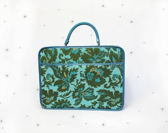 1960s carpet bag/suitcase