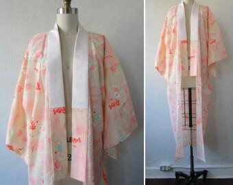 1980s kimono | vintage kimono | silk kimono | floral kimono | vintage 1980s floral silk kimono | small | The Pink Chrysanthemum Kimono