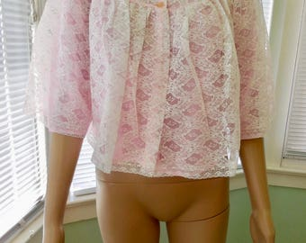 Vintage BED JACKET/Pink Babydoll Bed Jacket/Pink And White Lace/Short Peignoir/50s Loungewear/Mad Men/Nos/NANETTE/50s Vintage Lingerie/Small