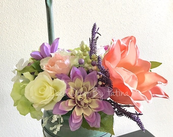 Spring Arrangement - Spring Floral Arrangement - Spring Decoration - Spring Decor - Spring Centerpiece - Flower Centerpiece