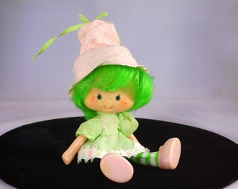 Vintage Strawberry Shortcake Doll Lime Chiffon Vinyl Kenner Kids Toy 1980s Hat Attached Birthday Christmas Gifts for Girls Collectors Her