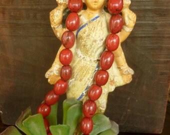 Burgundi-Wine Pona Palm Seeds. Natural Amazon Seeds for Jewelry & Crafts. 25pcs. Peruvian Seeds. 22mm