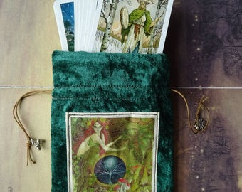 Green Goddess Tarot card Bag/Velvet Tarot Bag/Handmade tarot bag/Forest/Fly Argaric/Toadstool/Woodland/Moon/Celtic/Goddess/Green Goddess