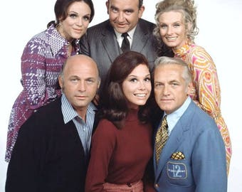 Mary Tyler Moore show cast , 1970's