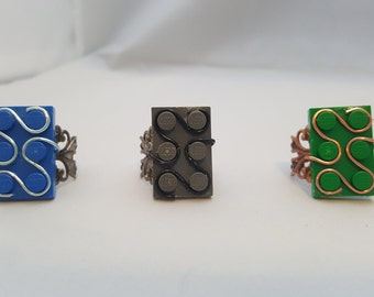 Wire Wrapped Brick/Block - Adjustable Rings