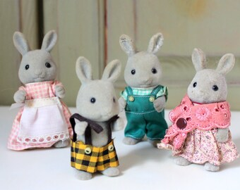 Vintage Flocked Babblebrook Rabbits Best Friends Country Child Toy Figure Sylvanian Family Calico Critters Tomy Toy Dollhouse Country Animal