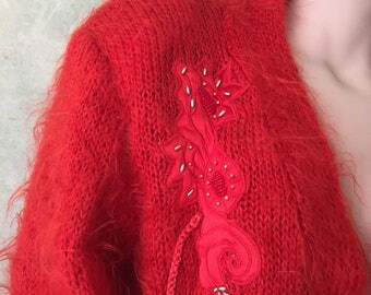 Long Lipstick Red 1980s Vintage Shaggy Wool Cardigan Size MEDIUM - LARGE