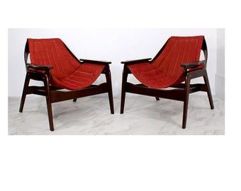 Mid Century Modern Pair of Jerry Johnson Walnut Sling Lounge Chairs 1960s