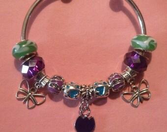 17- OpenTulip & Butterfly European Style Charm Bracelet