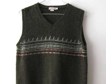 Vintage Green Knitted Vest Patterned Knitted Pullover Vest Wool Warm Waistcoat Small to Medium Size
