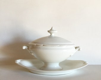 Antique French White Ironstone Gravy Boat with Lid - Elegant French Shabby Chic Saucier - White Ironstone Sauce Boat