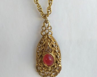 Signed Emma Page Filigree Red Stone Gold Tone Pendant Necklace. Pin Barrel Clasp Signed, Gold Lace Teardrop Pendant 1950's Pendant