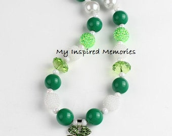 Free Shipping. Green clover bubblegum necklace, four leaf clover bubblegum necklace, st. Patrick's bubblegum necklace, st. Patrick necklace