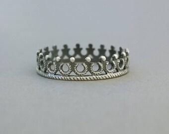 Sterling Tiara Ring, princess stacking crown, 925 silver ring, delicate filigree tiara, fantasy band, oxidized, US size 5.75 ready to ship