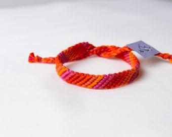 Friendship bracelet 39a - Pink to orange collection