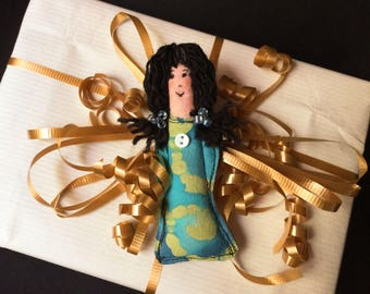 Collectible Art Doll pin, Fiber art doll, Tiny Art Doll pin, fabric pin, textile pin, doll brooch, fabric doll brooch, Diva Dolly pin #20