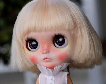 Vampire's Kiss - Demons Kiss - Blythe Eyechip Series