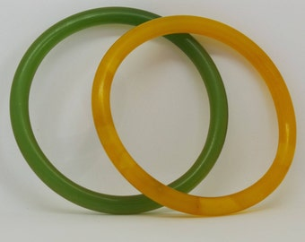 Vintage bangles - yellow and green larger size bangles