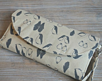 Wallet for Women - Penguin Design Wristlet Wallet for Women- Ladies Large Wallet - Ladies Organizer Wristlet Wallet