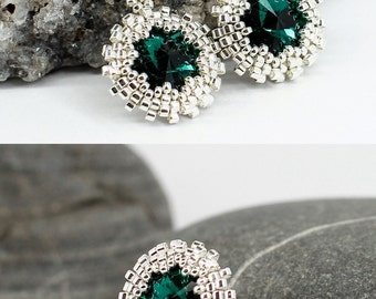 Emerald earrings Silver earrings Bridesmaid jewelry for wedding gift for women gift for her Mothers day gift for mom birthday gift for wife