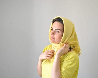 Yellow shawl Vintage yellow scarf Head scarf Self-colored shawl Yellow wool shawl Unicolorous scarf Incarnadine Gift for mom