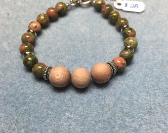 Gemstone and Wood Essential Oil Diffuser Bracelet