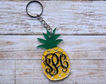 Monogram Pineapple Keychain, Monogrammed Pineapple Keychain, Monogram Keychain, Monogrammed Keychain, Pineapple Decal, Pineapple Monogram