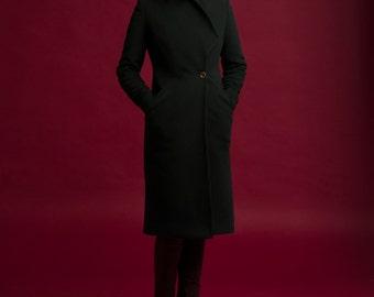 Black wool coat / woman wool coat
