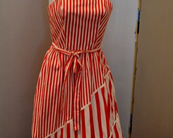 Candycane Dream - Red and white striped vintage 1970s Lanz sundress