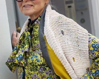 Pea Schlampini scarf from Ribbon yarn