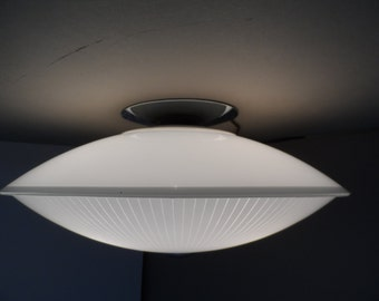 Mid Century Ceiling mount Ufo light 3 bulb ceiling light